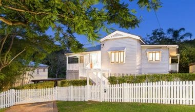 House Painting Brisbane - External Bardon Home